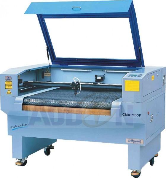 Decoupe laser avec convoyeur